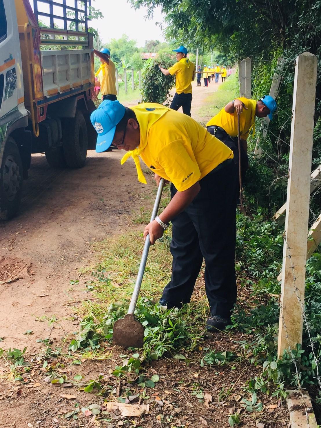 ไฟล์แนบ กปภ.สาขาศีขรภูมิ ร่วมกิจกรรมทำความสะอาดสระน้ำ ณ วัดบ้านนาท่ม